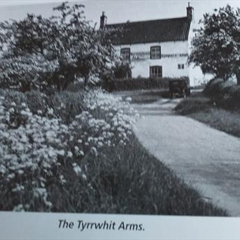 Tyrwhitt Arms early 1900s